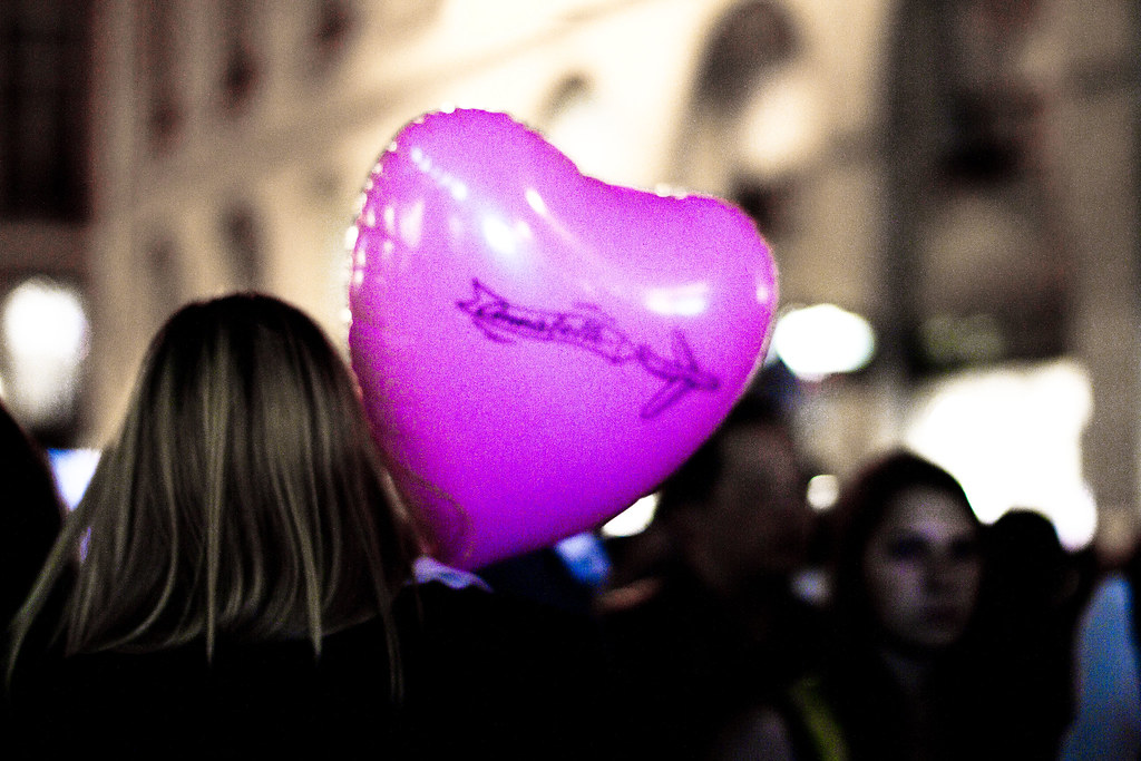 Pink heart balloon in Paris