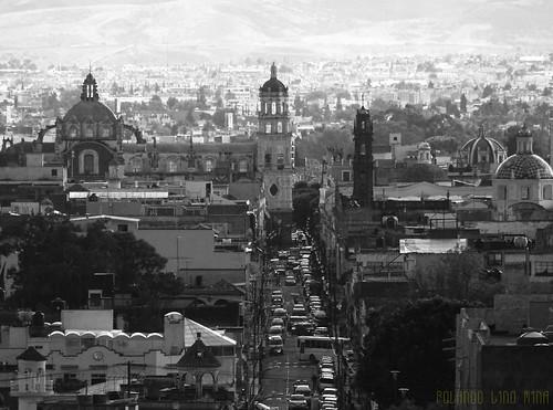 Iglesia de la Compañía y la 4 Norte (Puebla, México)