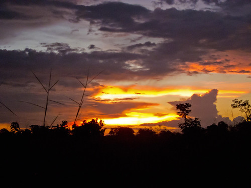 sunset car clouds african rca centralafricanrepublic lobaye