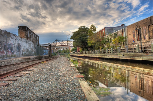 railroad water decay tracks viaduct manayunkpa flickraward manayunkcanal