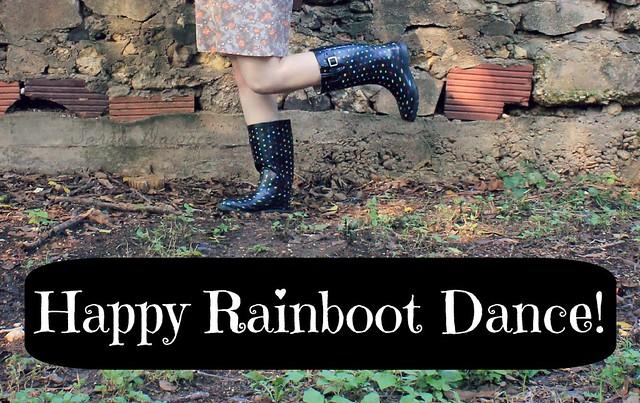 HappyRainbootDance