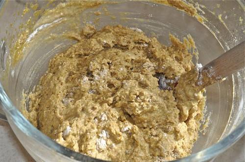 whole wheat pumpkin muffins 11