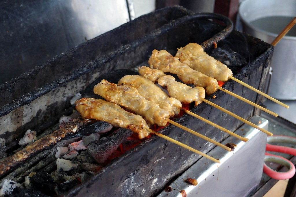 Must Try Bangkok Food: Tian Song Paed Yang's Satay