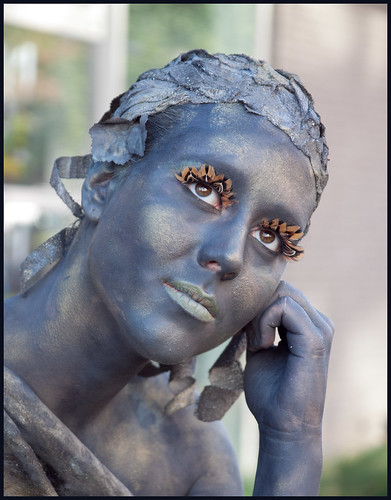levend standbeeld (10) by hans van egdom
