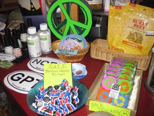 Boutique: Peace and politics