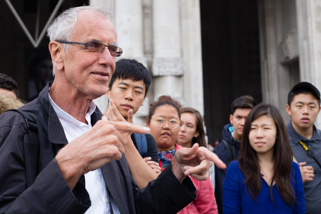 Professor George Hascup explains the architectural significance of Milan during the field trip to Northern Italy, fall 2015.   photo / Stephanie Cheung (B.Arch. '18)
