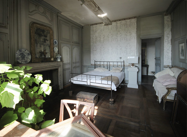 Le Château - first floor bedroom