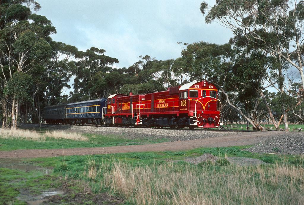 J103, 381 Vite Vite tour by Rail Tourist Association