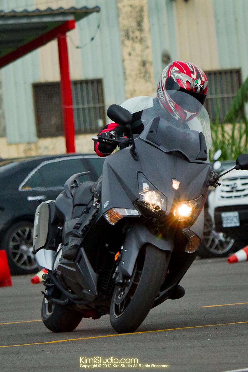 2012.09.01 T-MAX 530-053
