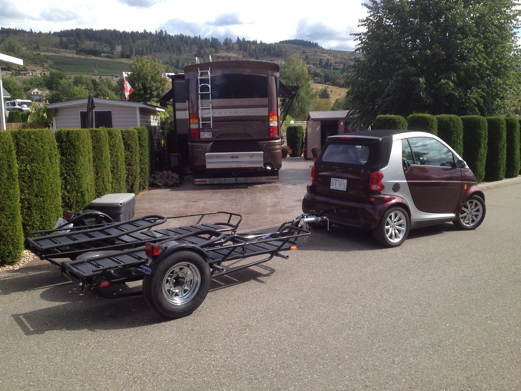 rv net open roads forum smart car towing its own trailer. Black Bedroom Furniture Sets. Home Design Ideas