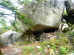 Tour de la plaine d'Uovacce : la grotte-bergerie