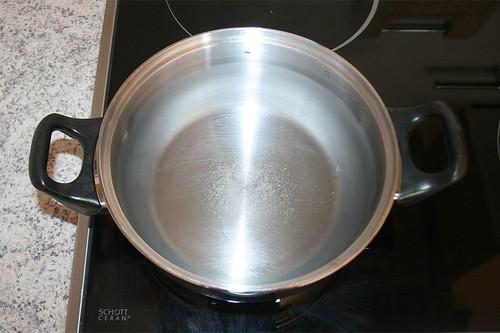 11 - Wasser aufsetzen / Put water on