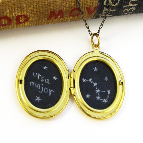 Ursa Major Constellation Drawing in a Vintage Gold Locket 3