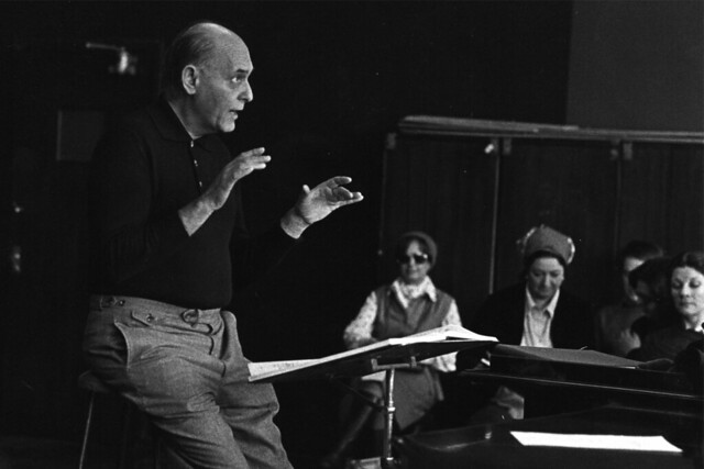 Georg Solti in rehearsal for Parsifal with The Royal Opera Chorus, 1979 © 1979, Royal Opera House/ Donald Southern