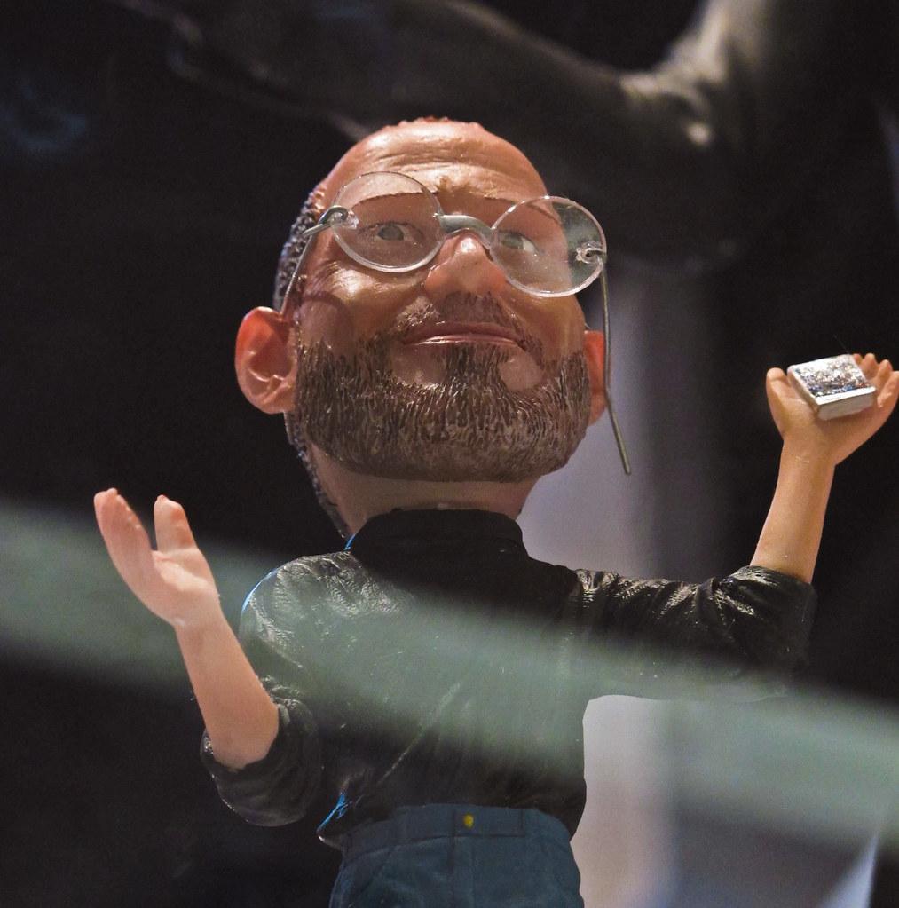 Remembering Steve Jobs (Feb 24, 1955 - Oct 5, 2011)