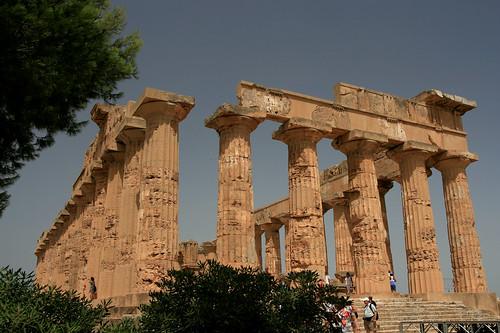 Majestueux temple de Sélinonte (Sicile)