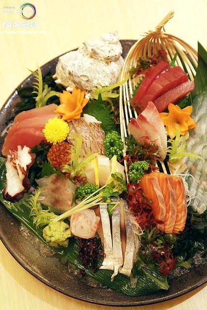 miraku sashim platter