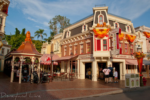 Disneyland Carnation Cafe