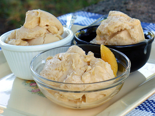 Peaches & Buttercream Ice Cream (0085)