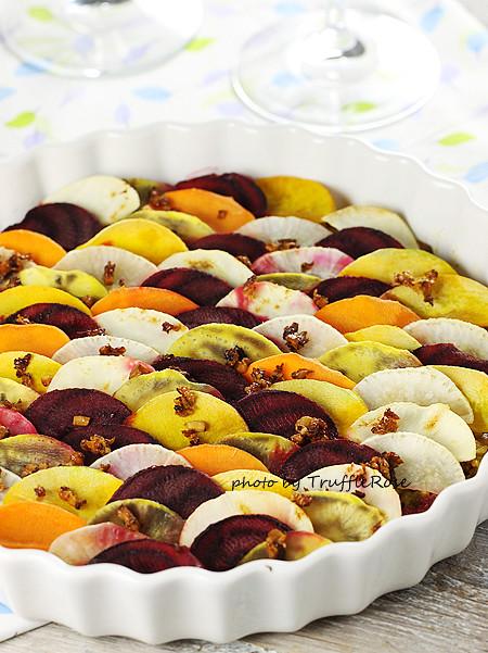 瓷盅時蔬百燴與秋令水果。Cookpot de légumes et fruits d'automne-121004