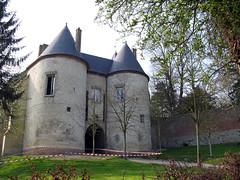 Lucheux (château) entrée 1