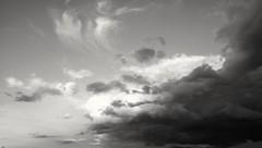 Le ciel au dessus du stade de foot - Photo of Monbéqui