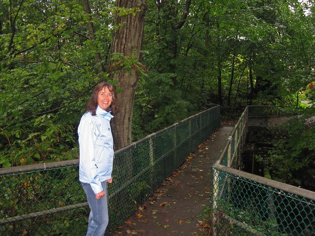 Walking at Lynn Valley, Canon DIGITAL IXUS 750