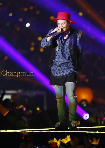 G-Dragon - Tokyo Girls Collection - 28feb2015 - ChangmunT - 01