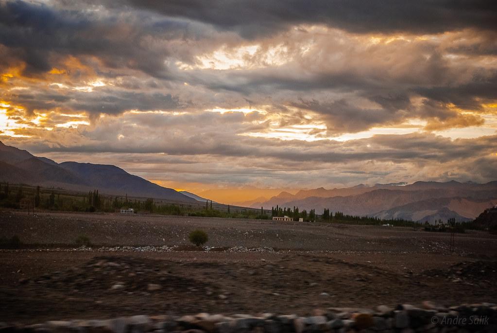 wonderful panorama. 16:38:21 DSC_5867
