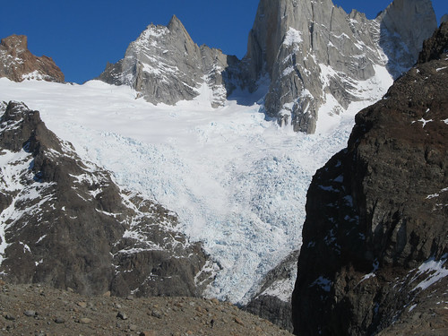 Trek de la Laguna de los Tres: un glacier juste à côté du Fitz Roy