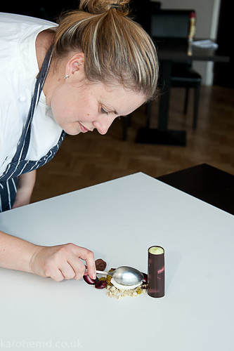 Plating the chocolate dessert