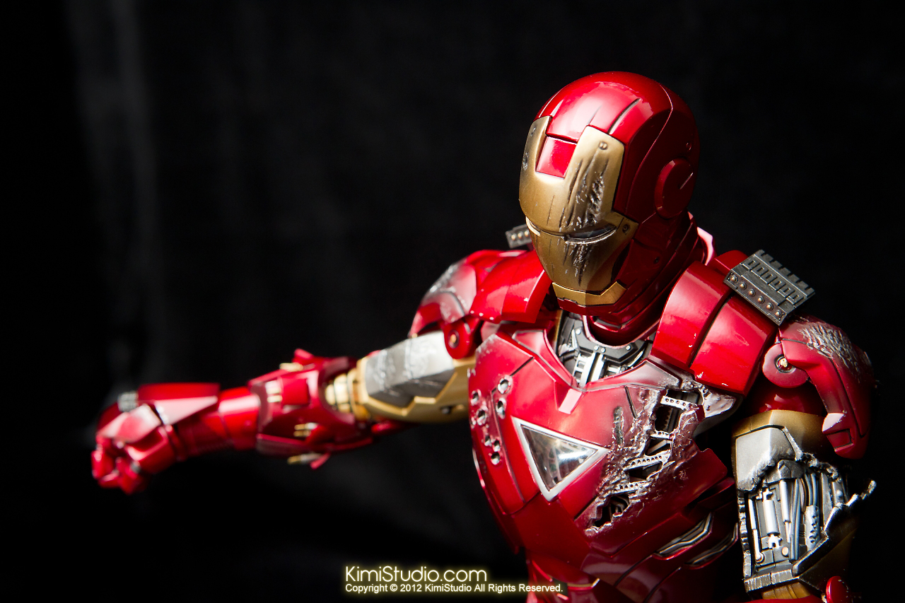 2012.09.01 Hot Toys Iron Man Mark VI-055