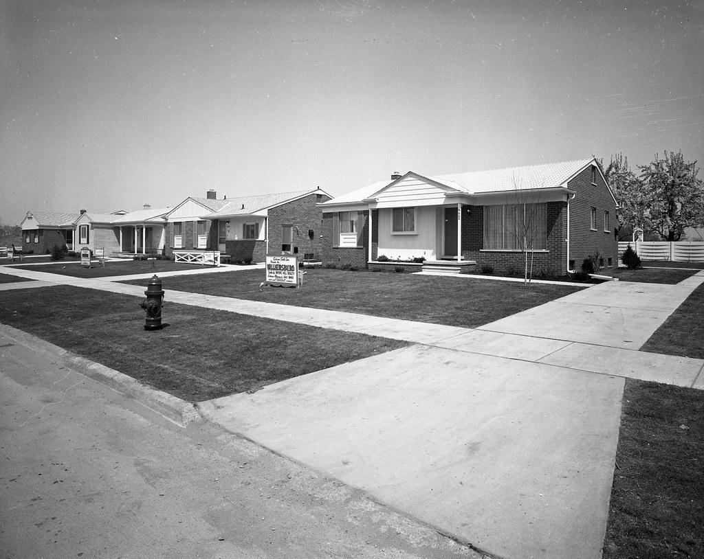 Sullivan Smith Homes, 1950's - a photo on Flickriver  1950s Suburban Homes