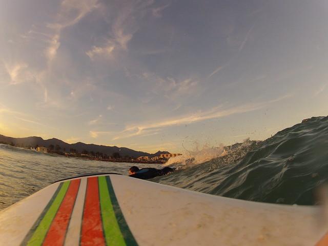 surfeando - grao beach