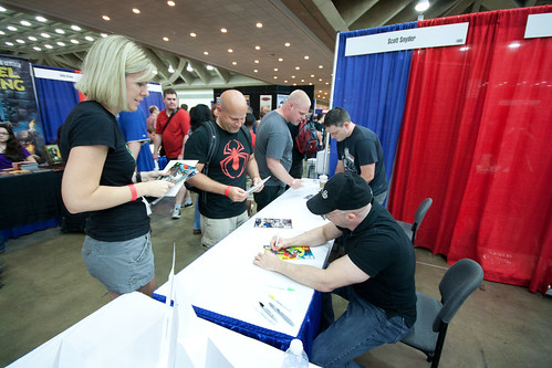 Scott Snyder and Greg Capullo Signings