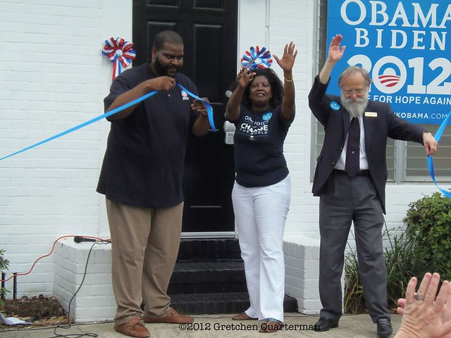Ribbon cutting at south Georgia Obama office
