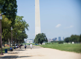 33/52 Tilt-shift on the Mall