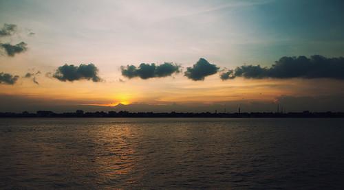 sunset evening kolkata ganga kumartuli kumortuli