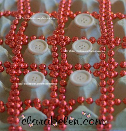 Adorno de Navidad con cartones de huevos