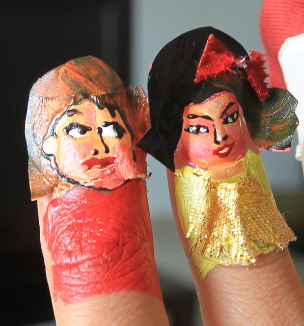 Fingerbob nail art