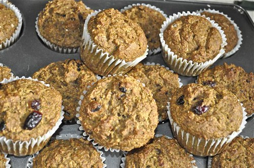whole wheat pumpkin muffins 16