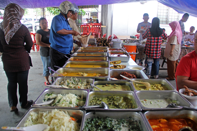 8052259910 2ec8c7edbf o Nasi Campur   The Most Flavorful Buffet Youll Ever Eat