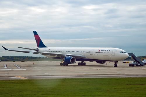 N805NW - Delta A330