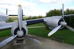Triebwerke: Lockheed L-1049G