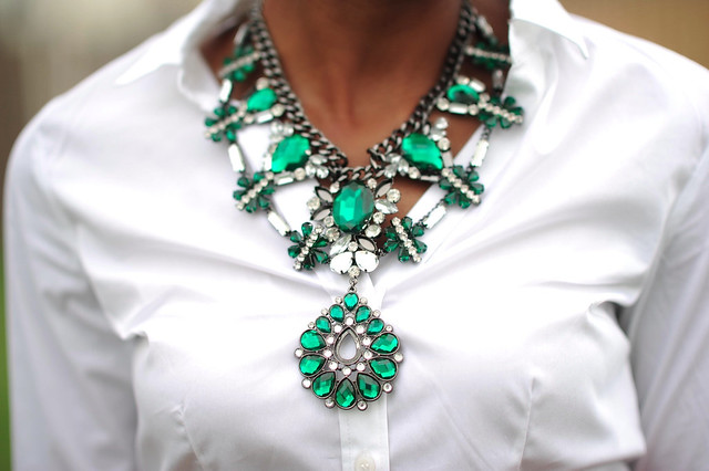 Zara statement necklace by jadore-fashion.com