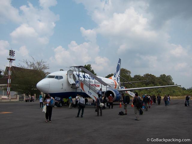Disembarking our Kalstar flight