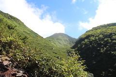 燧ヶ岳山頂を目指す