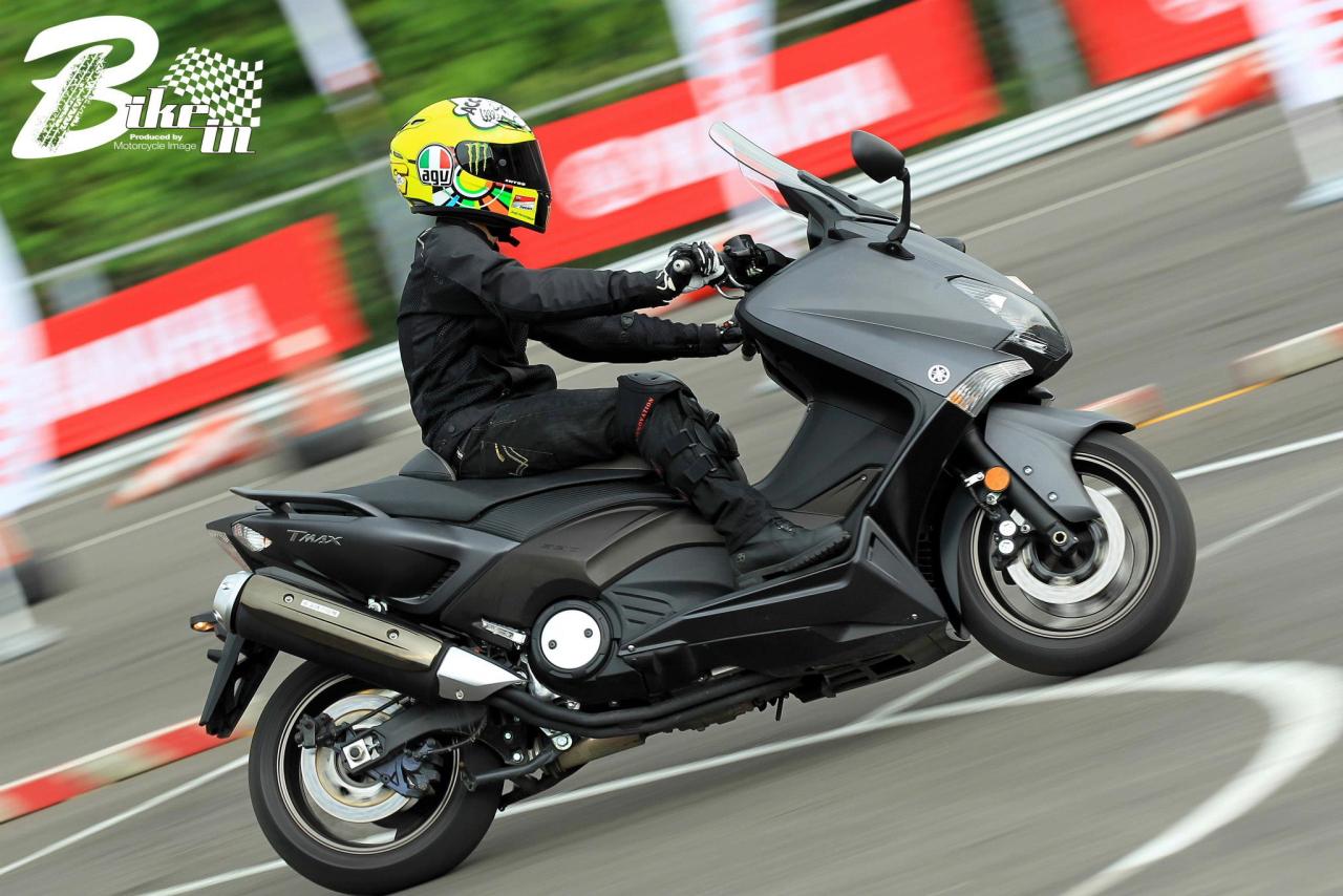 2012.09.01 T-MAX 530