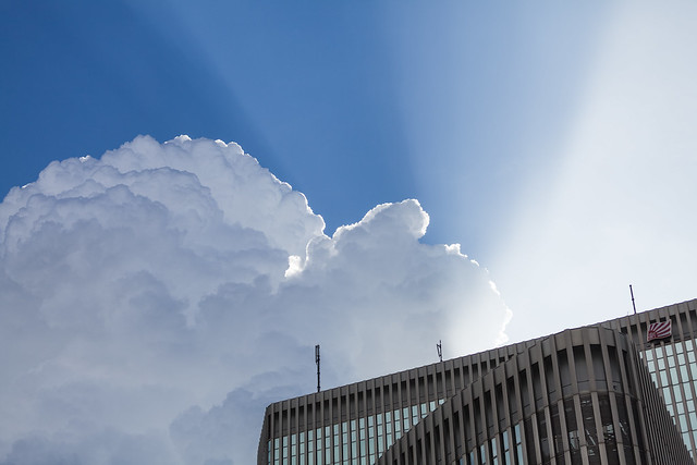 20120906_01_夏の陽射しと積乱雲