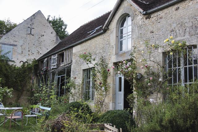 Aline's house - exterior